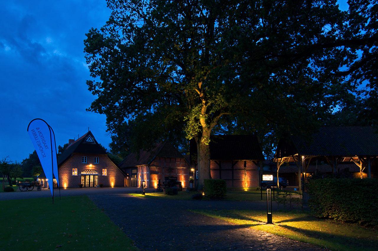 Professionelle Lichtplanung mit atmosphärischer Lichtwirkung für Gastronomie und Restaurant Gut Altona